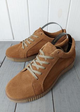 Натуральні фірмові туфлі