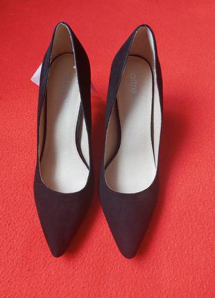 Туфлі  oltre