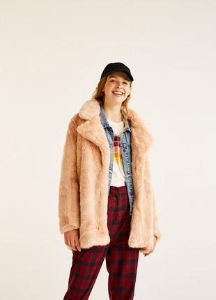Пушистое мохнатое пальто шуба шубка pull&bear pull and bear