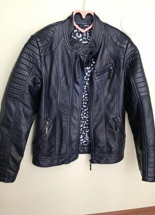 Байкерська курточка для дівчинки