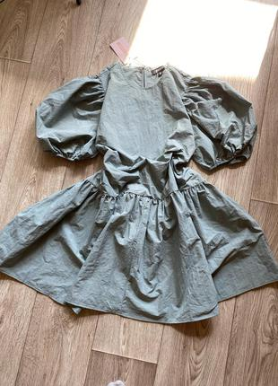 Платье оверсайз рукав фонариком