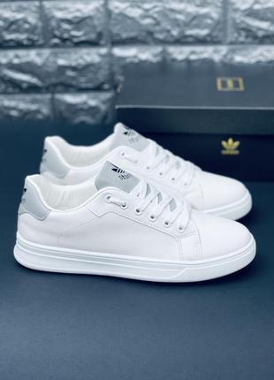 Белые кроссовки кеды, много обуви !!!