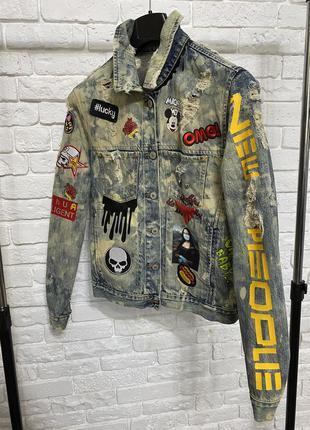 Джинсовая куртка кастомизированная