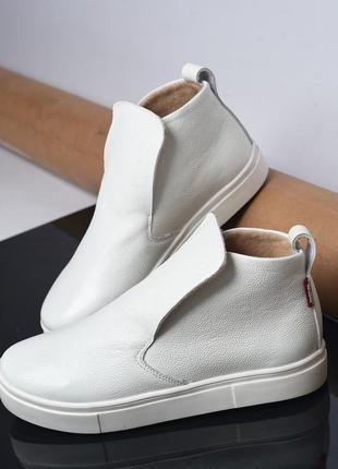 35-41 рр ботинки, высокие кеды на подошве натуральная замша/кожа