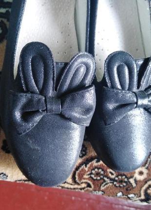 Туфлі на дівчинку