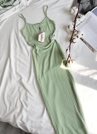 Новое салатовое платье в рубчик missguided длины макси / длинное платье по фигуре