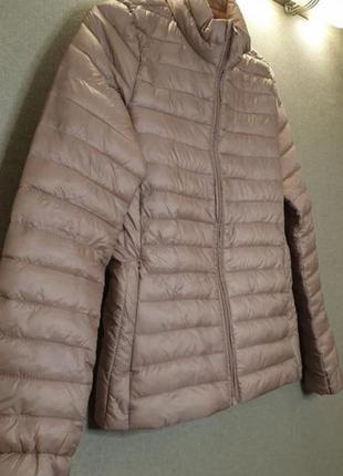 Лёгкая тонкая теплая курточка пудра