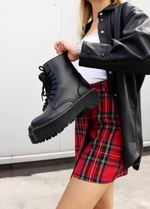 Женские стильные осенние ботинки dr. martens jadon black