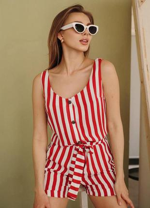 Стильный женский комбенизон кнопки красная полоска. комбінезон із шортами