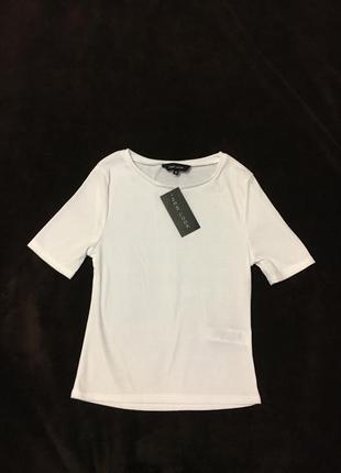 Базовая белая кофточка- топ в рубчик new look 10- размер