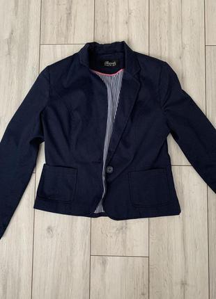 Пиджак/синий/офисный/деловой/с длинным рукавом