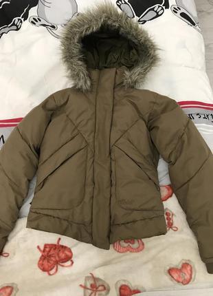 Милая курточка s коричневая  protest с вышивкой