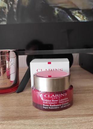 Крем для лица clarins