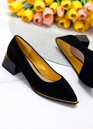Замшевые чёрные туфли лодочки широкий низкий каблук 36-40