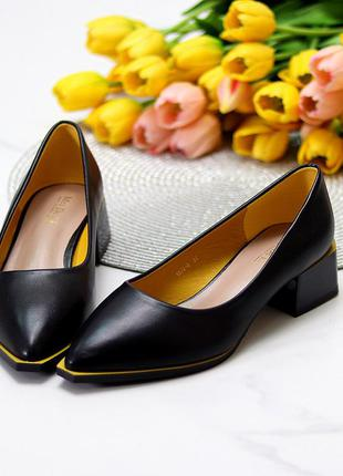 Чёрные туфли лодочки широкий низкий каблук 36-40