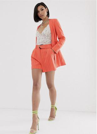 Коралловый костюм в полоску пиджак и шорты asos
