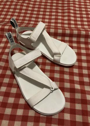 Босоножки спортивные сандали на липучках оригинал кожаные dr. martens
