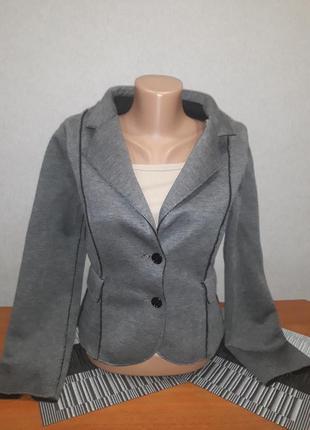 Серый тёплый итальянский пиджак