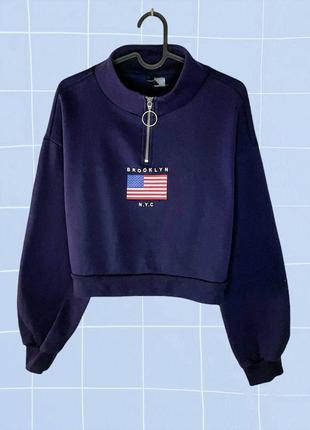 Синий короткий кроп свитшот с американским флагом и горлышком
