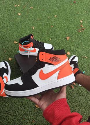 Мужские кроссовки nike air jordan 1 high оранжевые с белым/черным