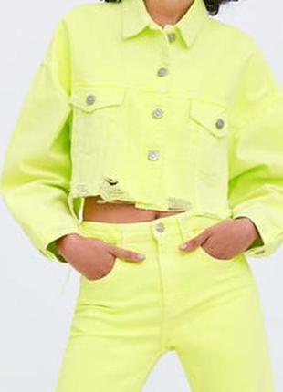 Укороченная джинсовка zara куртка пиджак яркая неоновая