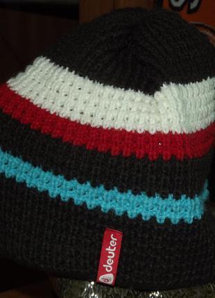 Женская шапка deuter
