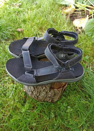 Крутые сандалі сандалії шлепки сандалии сандали шльопанцы hotter 42 43 р оригінал