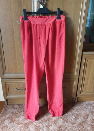 Червоні легкі штани