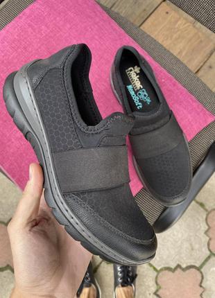 Чёрные кроссовки rieker без шнурков мягкая стелька 36