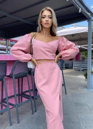 Розовый пудровый стильный костюм юбка и топ