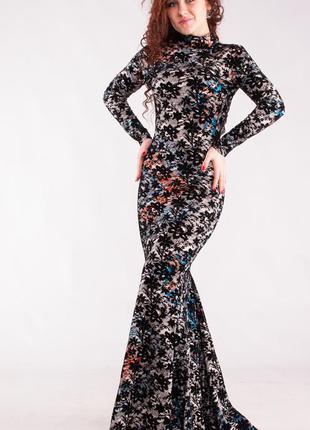 Шикарное вечернее платье с открытой спиной