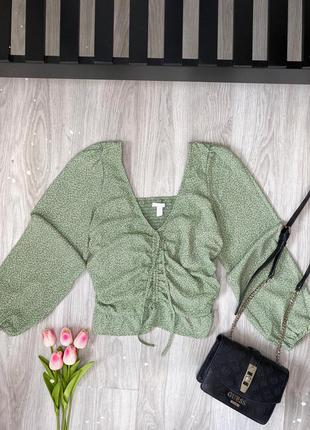 Блуза нарядная в цветочки , кофта, с затяжкой , новая , от h&m