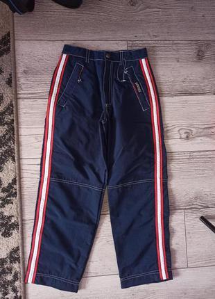 Класні спортивні штани на хлопчика 128 р. 70 грн.