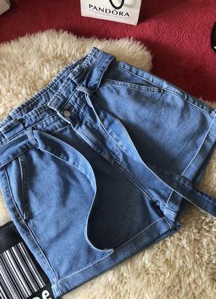 Нереально крутые джинсовые шорты с высокой посадкой на поясе, р. 12/40...🌹🔥💋