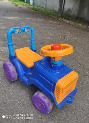 Толокар трактор