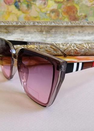 Модные брендовые солнцезащитные женские очки с градиентом 2021