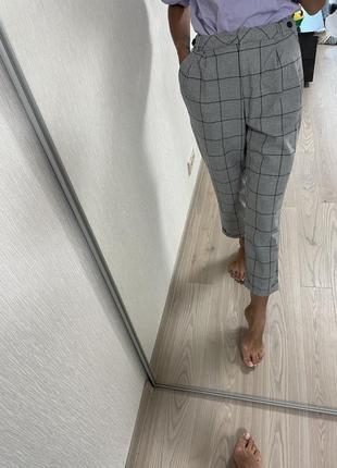 Тёплые укороченые брюки в клетку