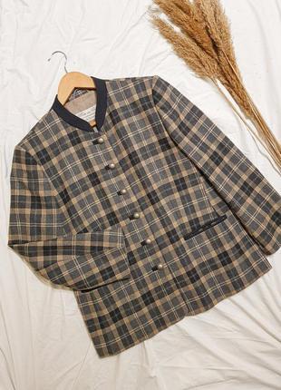 Винтажный пиджак в клетку нарядный италия шерсть высшего качества жакет вінтаж класика