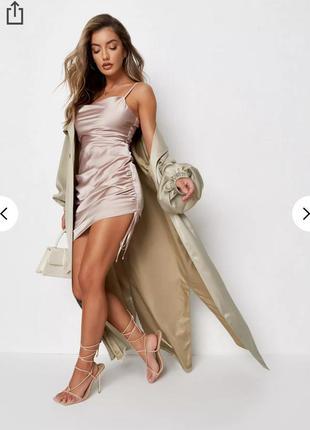 Платье missguided атласное сатиновое коррткое