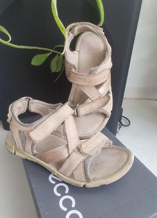 Босоножки кожаные сандалии 27 размер пудровые 17 17,2 см эко ecco