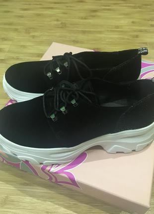 Туфлі 38 р