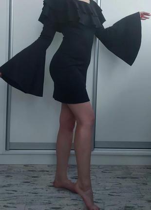 Платье с красивыми рукавами