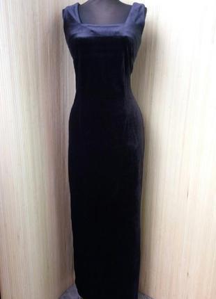 Чёрное велюровые длинное вечернее платье