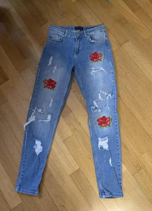Эксклюзивные синие джинсы итальянские вышивка джинсики штаны