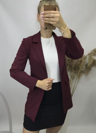 Удлинённый классический пиджак жакет бордовый