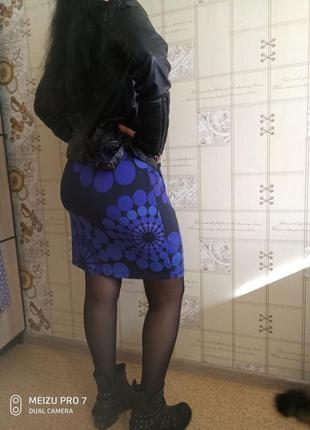 Шикарное стильное приятное трикотажное платье от desigual синий ультрамарин
