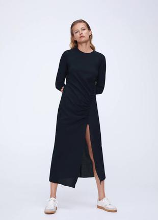 Zara платье с разрезом шерсть , м