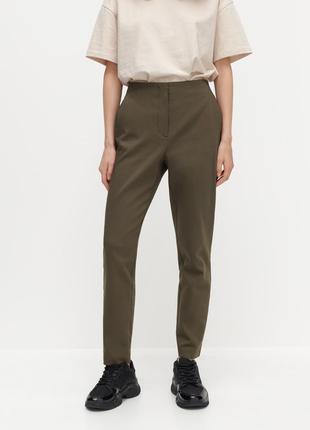 Прямые брюки reserved