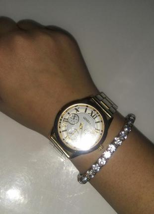 Очень красивый браслет с камешками