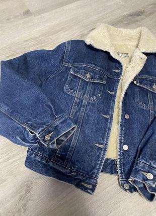 Джинсовая курточка(качественная и стильная)